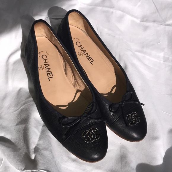 49157e077b15 CHANEL Shoes - CHANEL Navy Ballerina Flats